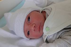 Patrik Pour se narodil mamince Nikole Pourové z Mostu 6. prosince ve 20.50 hodin. Měřil 49 cm a vážil 3,23 kilogramu.