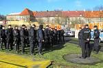 Policisté na litvínovském zimním stadionu cvičili zákroky proti fanouškům hostů.
