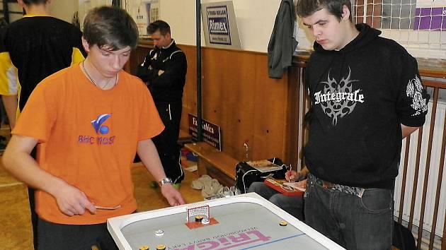Pohár SDS Exmost v billiard-hockeyi šprtci.