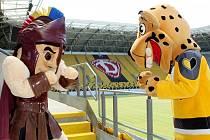 Setkání zástupců hokejových klubů na fotbalovém stadionu v Drážďanech, kde se v lednu odehraje hokejové Open Air.