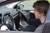 Do projektu Start Driving pro mladé řidiče se opět zapojí i mostecký autodrom.