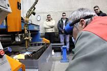Studenti z Velebudic získávali praktické zkušenosti v dílnách těžební společnosti Vršanská uhelná