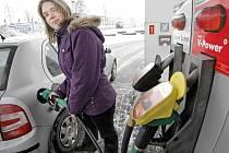 Na benzince.