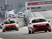 Jezdecká soutěž The Most Challenge na autodromu v Mostě.