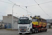 Další tramvaj opustila vozovnu v Mostě a zamířila na Teplicko.