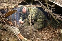Cvičení záložáků na Doupově se zúčastnil i mostecký strážník Petr Musil.