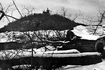 V dalším díle seriálu se podíváme na snímky dominanty města Mostu, hradu Hněvín