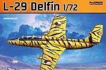 Srpnová novinka, model L - 29 Delfín.