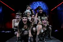 Slavný americký muzikál Kabaret bude v pátek 19. února první premiérou letošní sezony Městského divadla v Mostě.