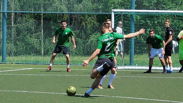 V Mostecké lize malé kopané jsou známí finalisté.