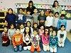 Žáci 1. B Základní školy Litvínov – Janov s třídní učitelkou Tamarou Šindelářovou a asistentkou pedagoga Karolínou Vágovou.
