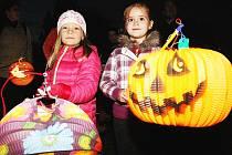 Víkend bude ve znamení halloweenu a lampionů.