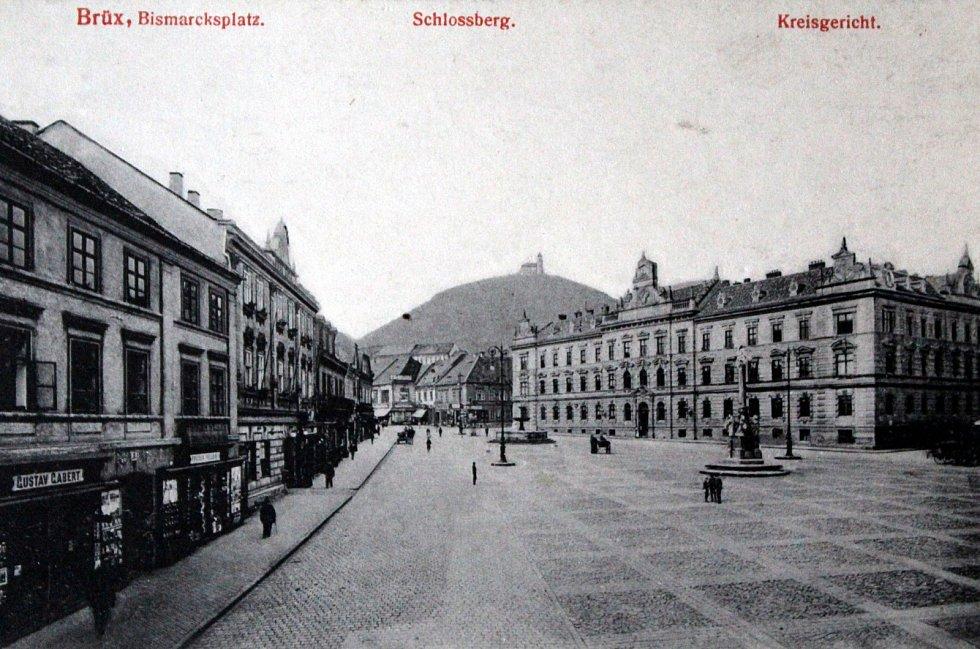 Výpravy do historie: královské město Most. První náměstí.