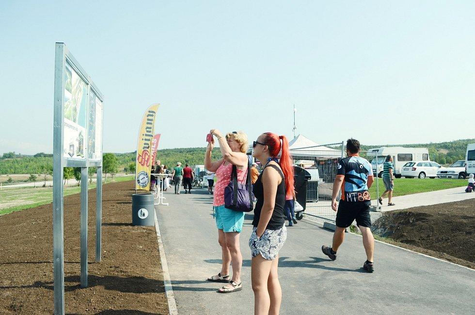 Slavnostní otevření jezera Most pro veřejnost