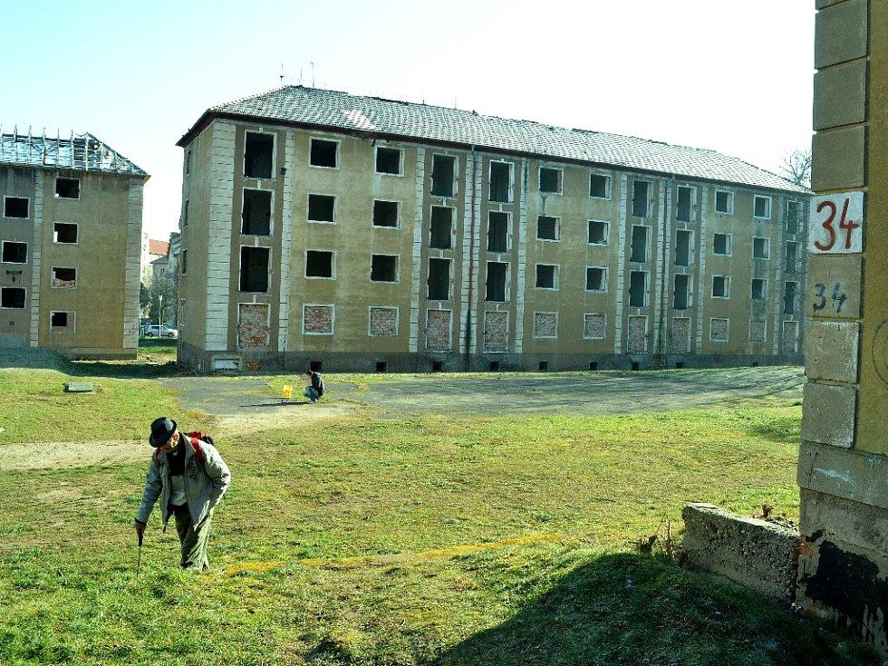 Most chce koupit opuštěné domy v sektoru 2B nedaleko Stovky.