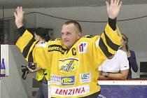 Robert Reichel při rozlučce s hokejovou kariérou.