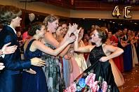 Maturitní ples tříd 4E, 4K a 4L z Obchodní akademie a Střední pedagogické školy v Mostě