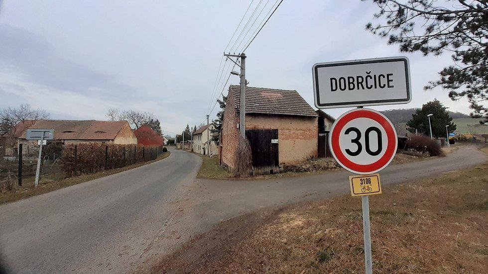Víska Dobrčice.