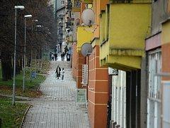 Mostecká Stovka, sociálně vyloučená lokalita