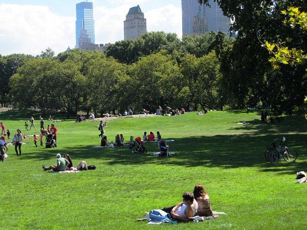 Newyorský Central Park patří mezi nejnavštěvovanější parky na světě. Paku u mostecké sportovní haly se také přezdívá Centrální. Nejde ale o oficiální název. Změní to soutěž?