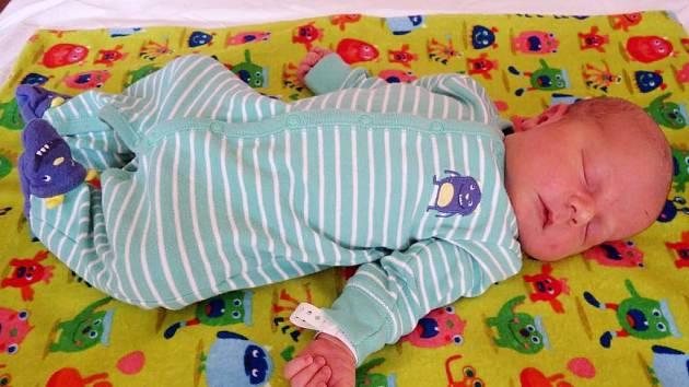 Jonáš Černohorský se narodil 18. srpna 2017 v 8.46 hodin mamince Simoně Černohorské ze Saběnic. Měřil 51 cm a vážil 4,18 kilogramu.