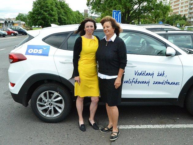Libuše Hrdinová a Drahomíra Miklošová. Obě na kampani ODS spolupracují.