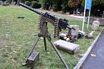 Připomínka Dne válečných veteránů v mosteckém památníku na starém hřbitově