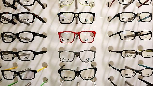 Brýle stojí i tisíce korun.