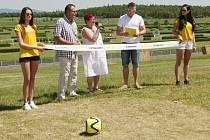 Slavnost otevření fotbalgolfu na hipodromu v červnu tohoto roku.
