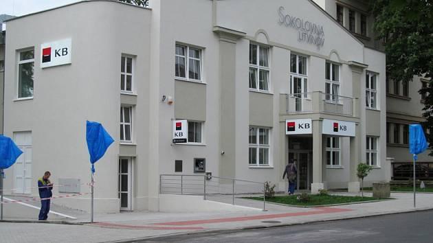Sokolovna se postupně otevírá veřejnosti.
