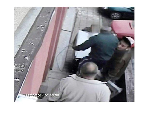 Muži, které policie hledá.