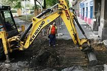 Rekonstrukce Stovky v Mostě. Stavební zakázky pomáhají zaměstnanosti.