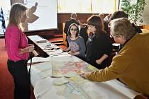Stovka lidí přišla na radnici na veřejné projednání návrhu nového územního plánu města Most.