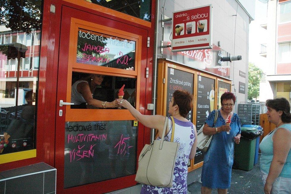 Prodejny zmrzliny v centru Mostu: Italská cukrárna