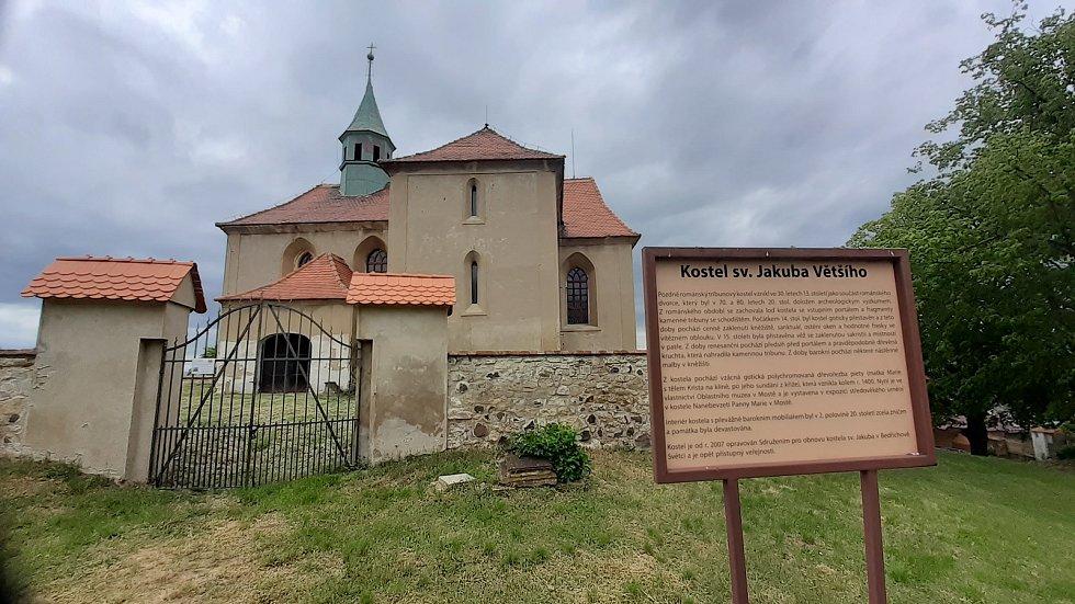 Víska Bedřichův Světec, kostel sv. Jakuba.