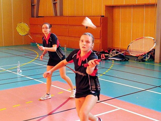 Badmintonistka Markéta Kohoutová (v popředí).