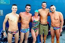 Jakub Langhammer (vlevo) ve hvězdné společnosti. Se špičkovými triatlety trénoval i Kubův otec a taktéž triatlonista Tomáš Langhammer (vpravo), který byl v Austrálii syna navštívit.