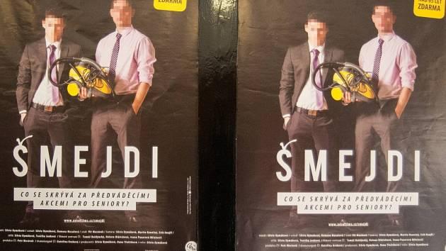 Na podvodné praktiky různých obchodníků upozornil film Šmejdi.