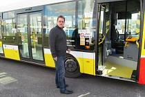Ředitel dopravního podniku připouští, že jeho řidiči procházejí těžkým obdobím.