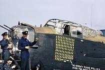 Letadlo RAF, které bombardovalo chemičku.