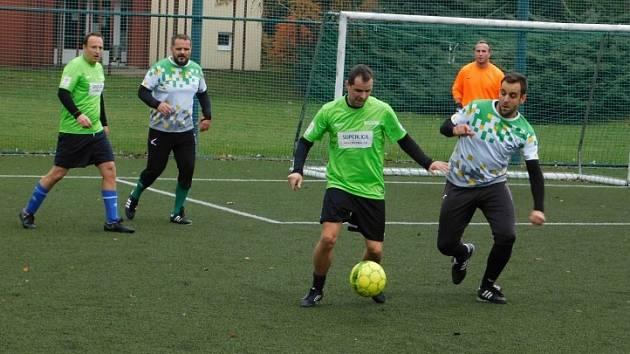 Seniorliga, která se hraje v rámci Mostecké ligy malé kopané.