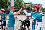 Cykloběh za Českou republiku bez drog zavítal do Mostu