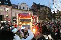 Do Litvínova zavítal Vánoční kamion Coca-Cola.