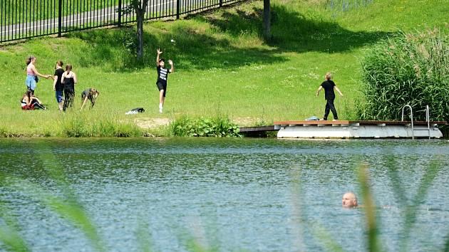 Jedno z míst, které chtějí někteří Mostečané vylepšit v rámci participativního rozpočtu, je sportovní a rekreační areál Benedikt
