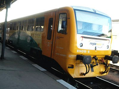 Motorový vlak Regionova.