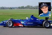 Monopost F1 Prost AP04 a pilot Tomáš Enge budou k vidění na Autodrom Most.