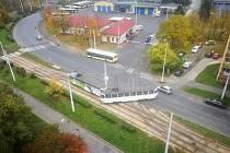 U areálu dopravního podniku vLitvínově vykolejila vúterý 15. října tramvaj.