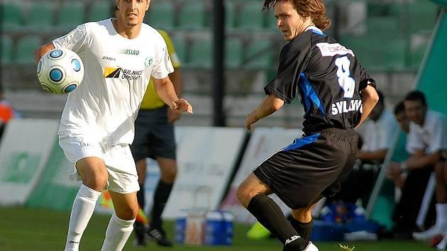 Ve druhém kole fotbalového Poháru ČMFS se střetli druholigový FK Baník Most a prvoligové SK Kladno.