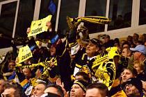 Fanoušci Litvínova na rozhodujícím zápase s Kladnem.