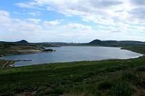 Středisko volného času v Mostě připravilo soutěžní pátrání Po stopách jezerní příšery.